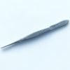 Пинцет деликатный хирургический прямой с шириной рабочей части 0.5 мм и длиной 105 мм. 09-455-01