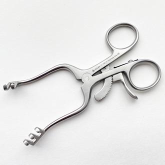 Расширитель нейрохирургический Вейтлайнера-Локтайта 2х3 зубый острый.