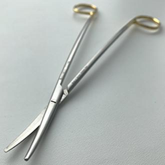 Ножницы Метценбаума Фино с твердосплавными вставками изогнутые для рассечения мягких тканей и сосудов с изогнутыми ручками дл.180 мм.