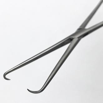 Щипцы однозубые для оттягивания шейки матки (пулевые)