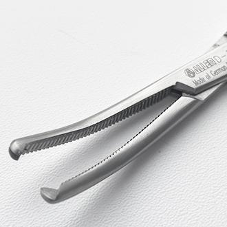 Зажим кровоостанавливающий Кохера-Ошнера 1 х 2 зубый